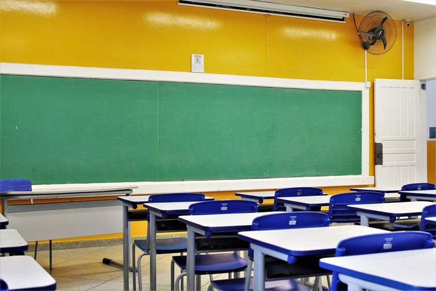 Sintero defende retorno das aulas presenciais após  imunização completa