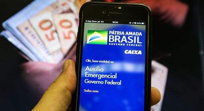 Devolução do auxílio emergencial supera R$ 1 bilhão no Importo de Renda 2021