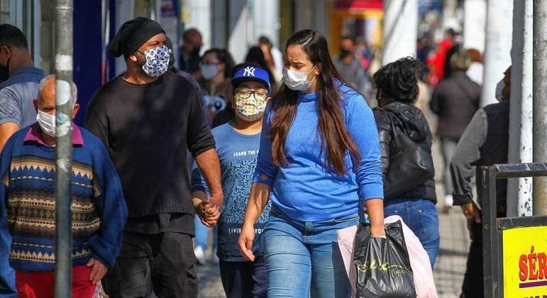 Brasil tem 1.209 mortes por covid e 32.316 novos casos em 24 horas