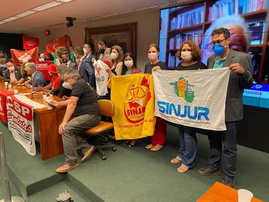Diretores do Sinjur participam em Brasília de manifestações contra a Reforma Administrativa